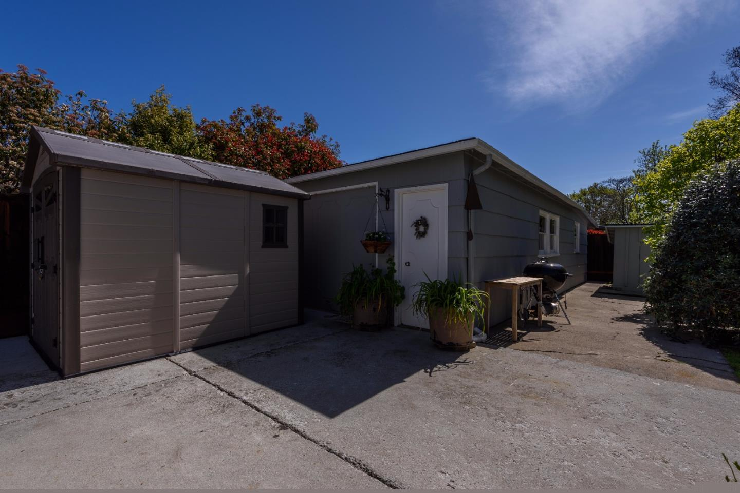 Additional photo for property listing at 1917 Oak Ave  REDWOOD CITY, CALIFORNIA 94061