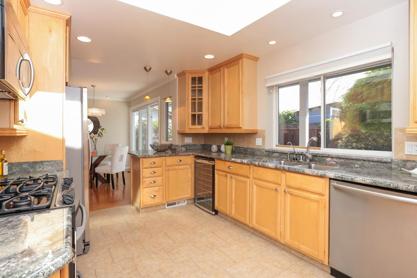Additional photo for property listing at 1561 Melba Ct  MOUNTAIN VIEW, CALIFORNIA 94040