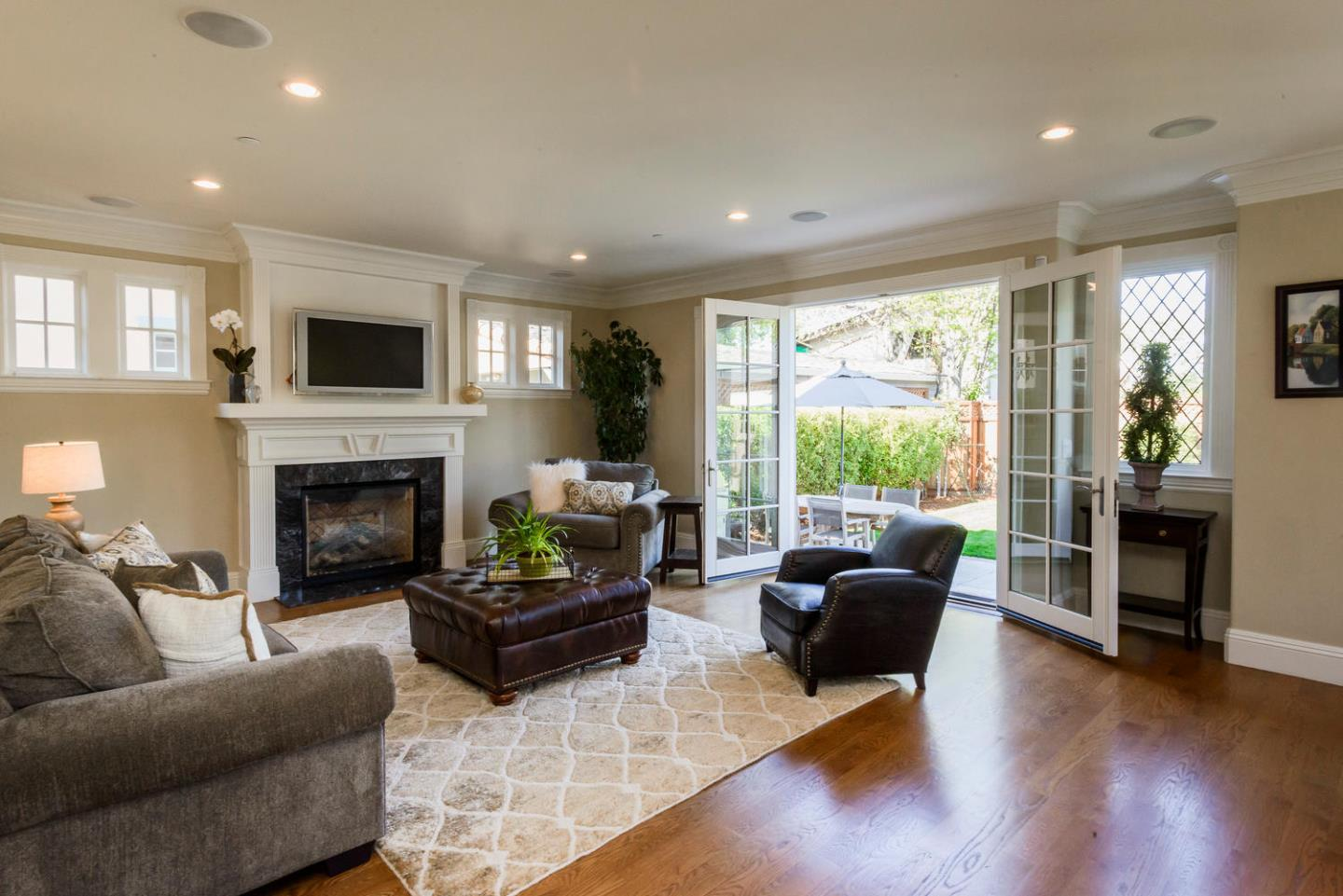 Additional photo for property listing at 1516 Vancouver Ave  BURLINGAME, CALIFORNIA 94010
