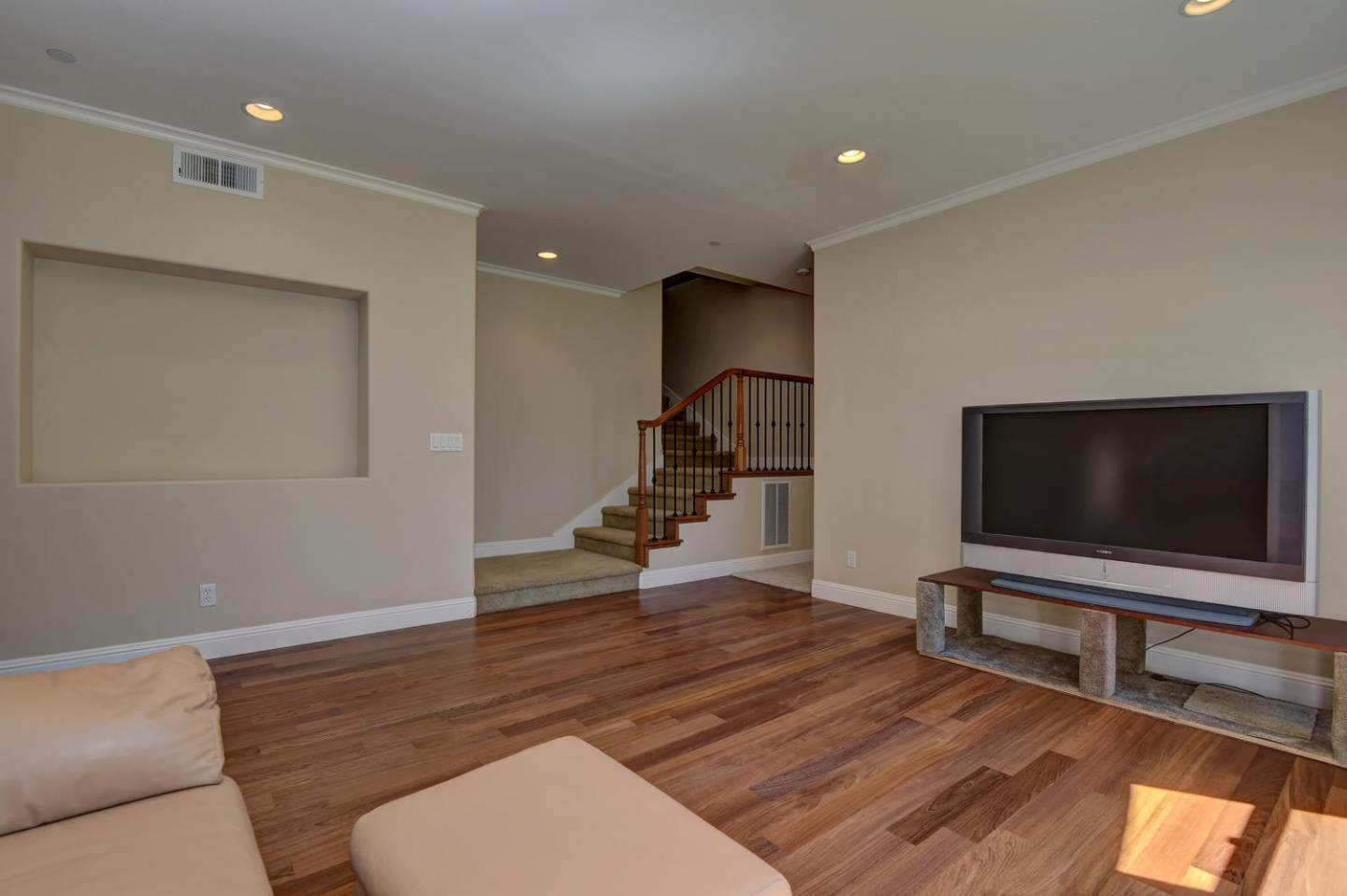 Additional photo for property listing at 337 Thin Edge Rd  SANTA CRUZ, CALIFORNIA 95065