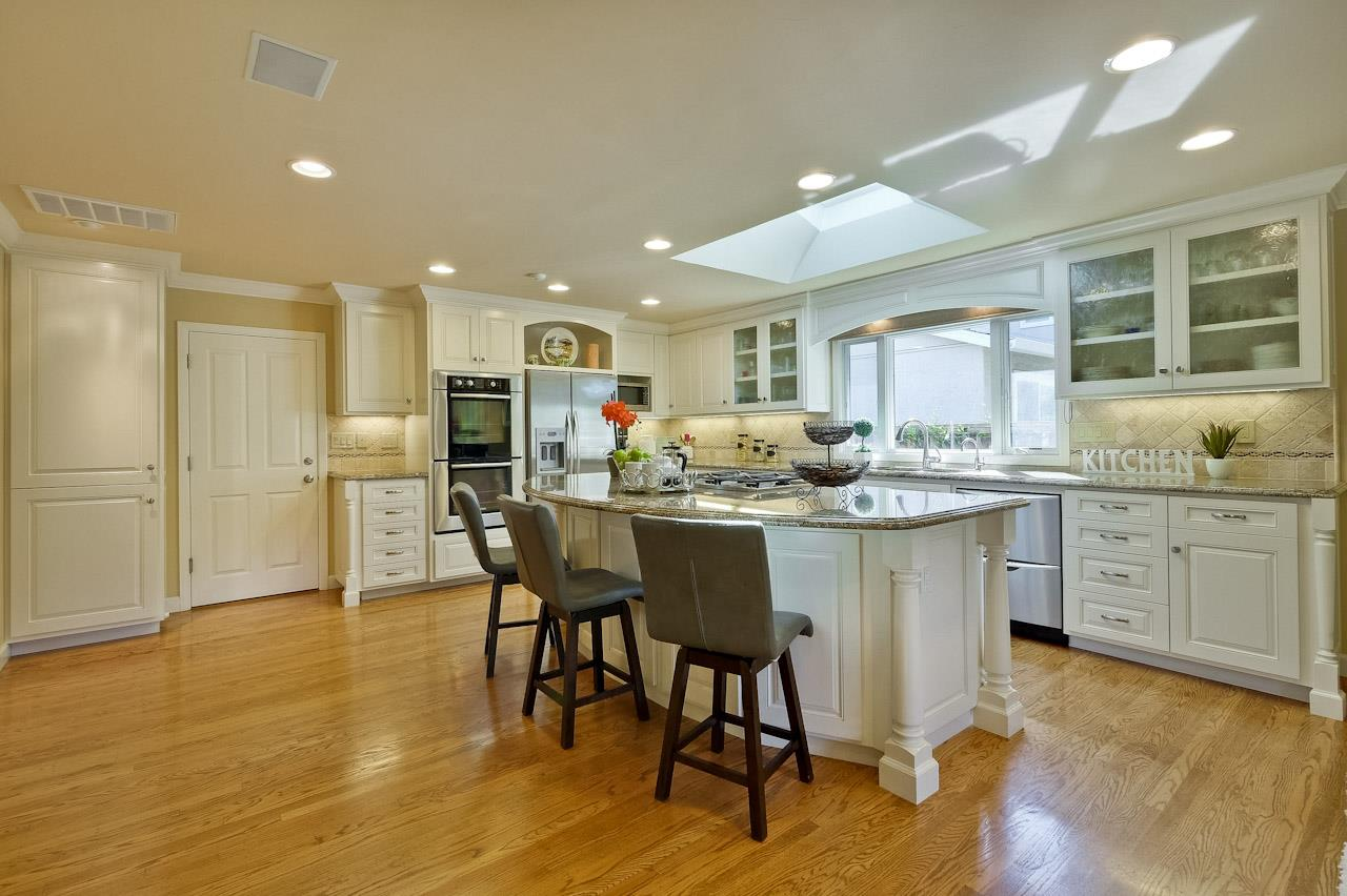 Additional photo for property listing at 21413 Shannon Ct  CUPERTINO, CALIFORNIA 95014