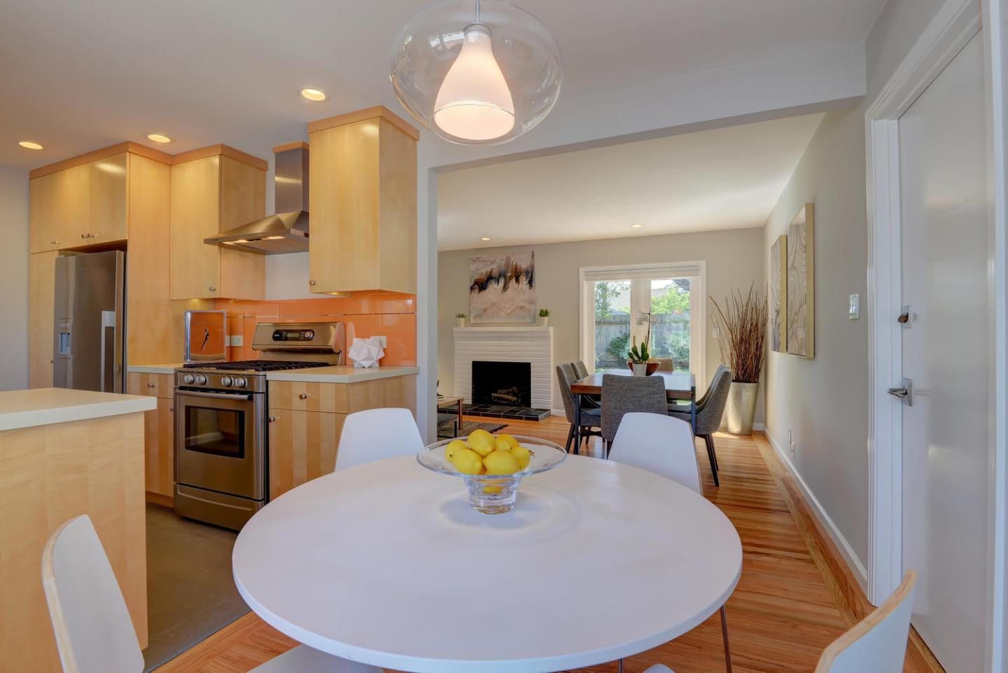 Additional photo for property listing at 1082 Plymouth Dr  SUNNYVALE, CALIFORNIA 94087