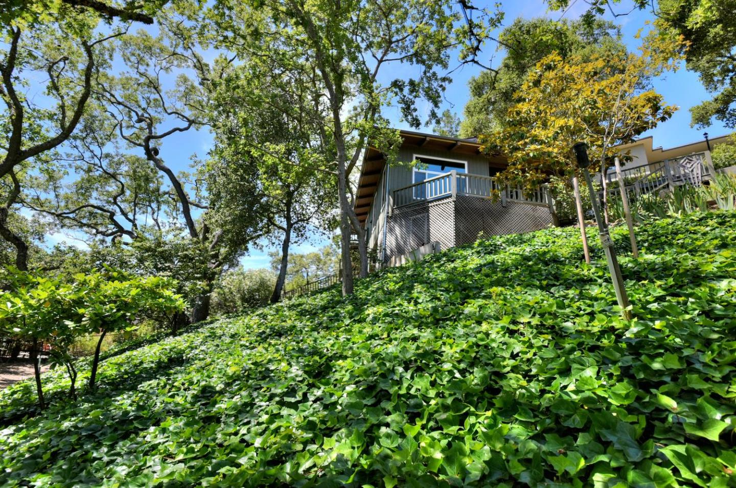 Additional photo for property listing at 18364 Oak Dr  MONTE SERENO, CALIFORNIA 95030