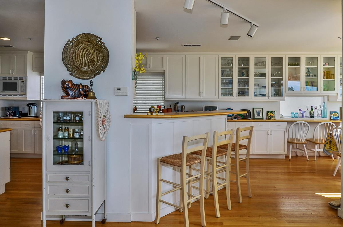 Additional photo for property listing at 1 Potbelly Beach Rd  APTOS, CALIFORNIA 95003