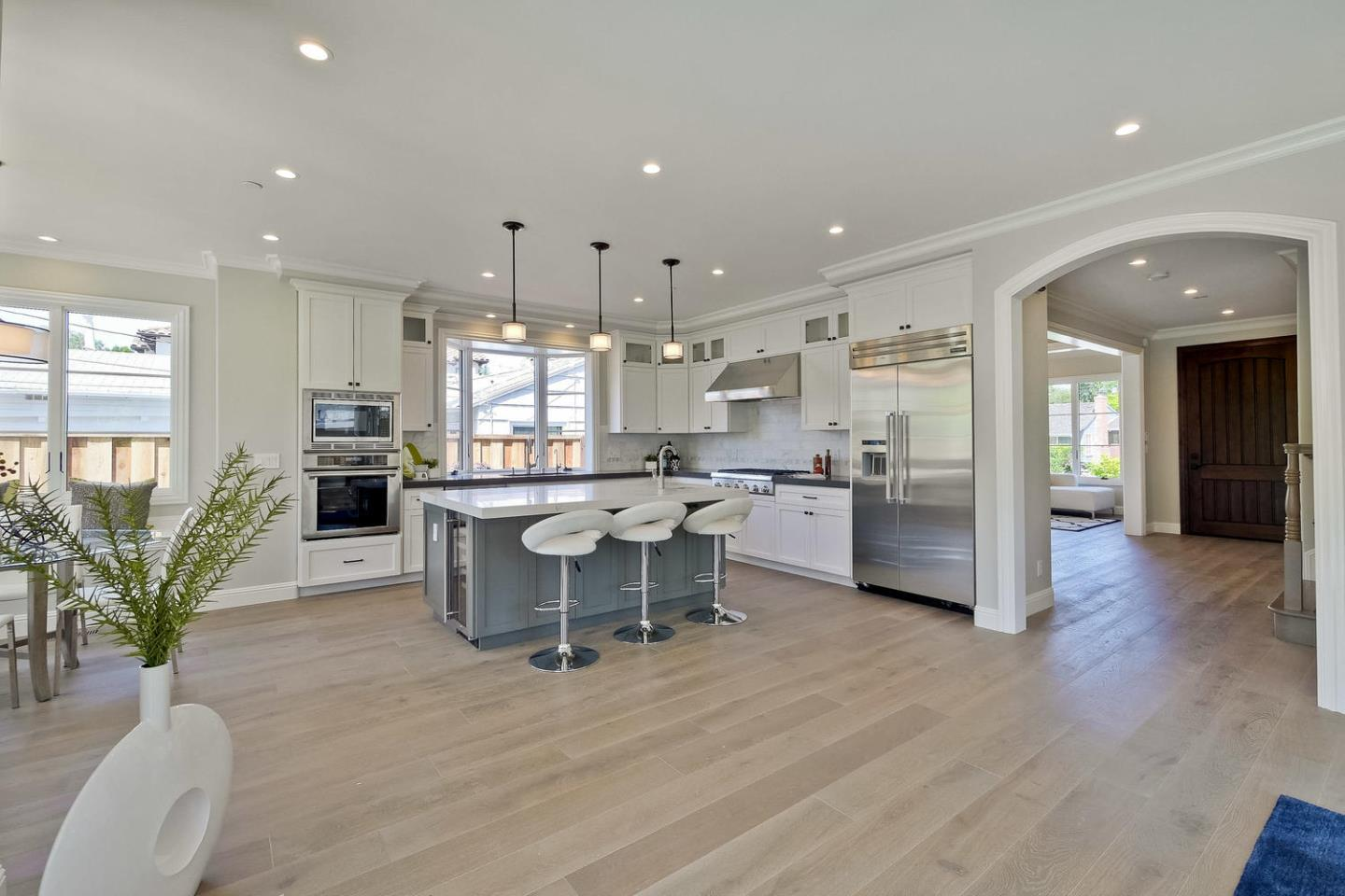 Additional photo for property listing at 2368 Santa Ana St  PALO ALTO, CALIFORNIA 94303
