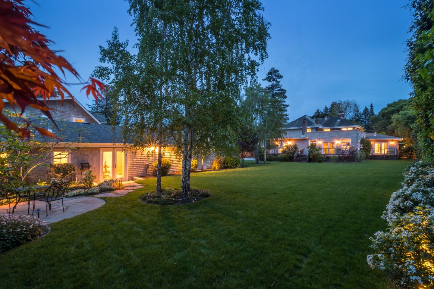 Additional photo for property listing at 146 W Bellevue Ave  SAN MATEO, CALIFORNIA 94402