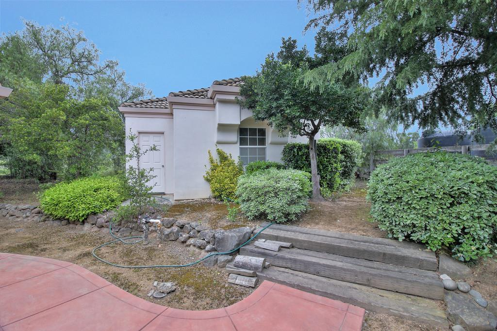 Additional photo for property listing at 11307 Schofield Ct  GILROY, CALIFORNIA 95020