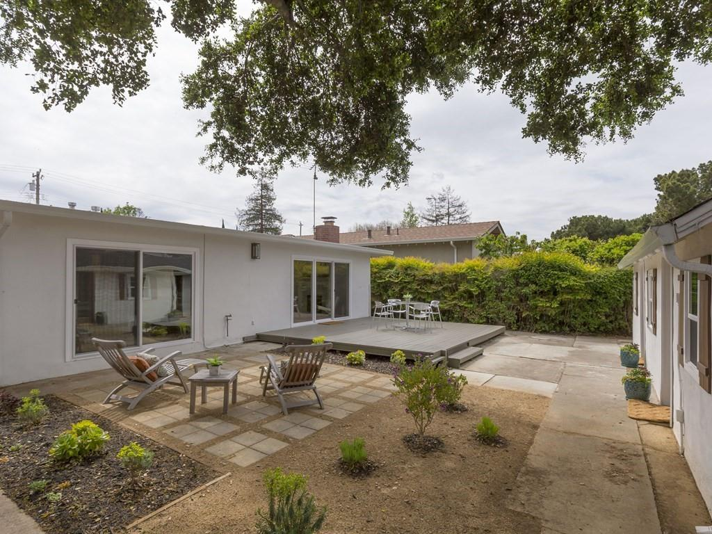 Additional photo for property listing at 445 6th Ave  MENLO PARK, CALIFORNIA 94025