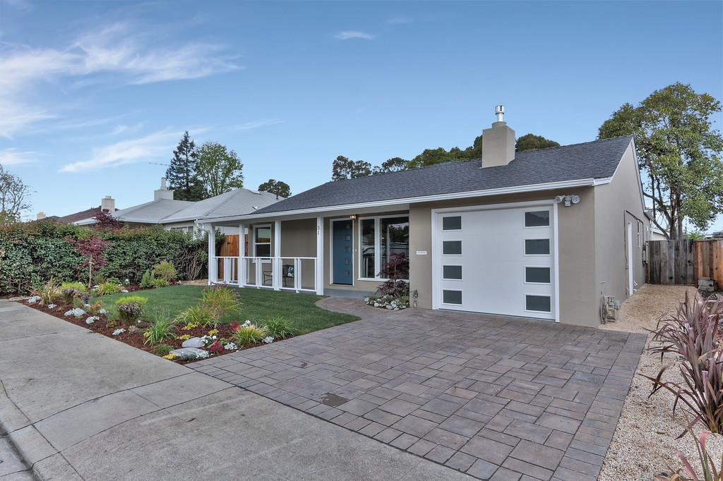 Additional photo for property listing at 31 San Miguel Way  SAN MATEO, CALIFORNIA 94403