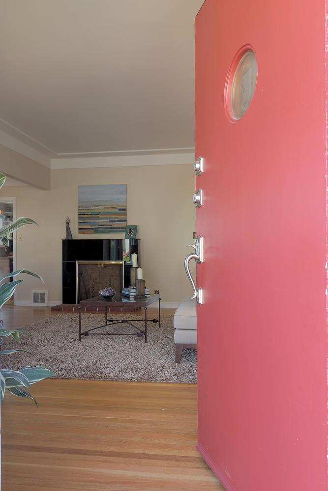 Additional photo for property listing at 639 Park Way  SOUTH SAN FRANCISCO, CALIFORNIA 94080