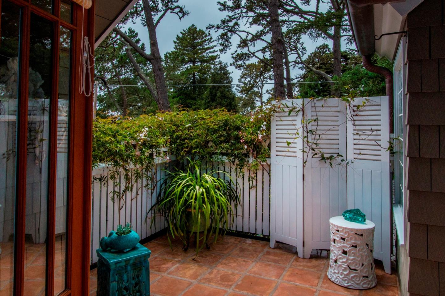 Additional photo for property listing at 0 Santa Rita 2se Of 1st  CARMEL, CALIFORNIA 93921