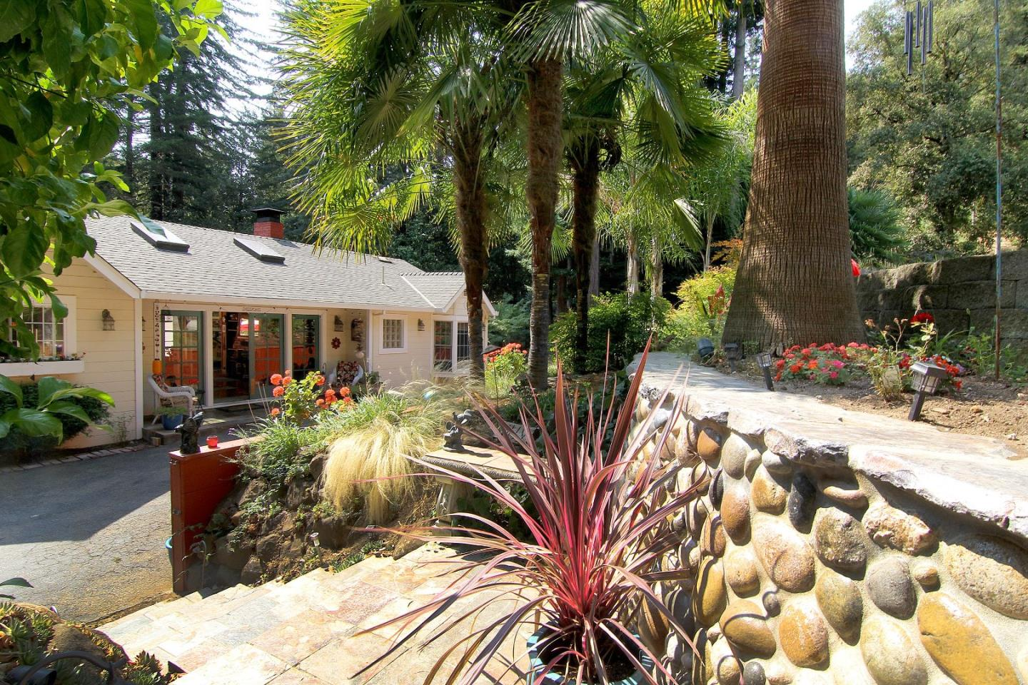 Additional photo for property listing at 910 Jenny Way  FELTON, CALIFORNIA 95018