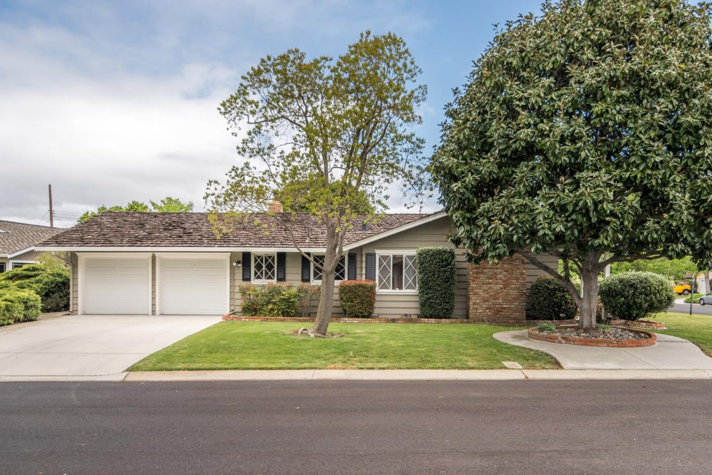 Additional photo for property listing at 12451 Woodside Dr  SARATOGA, CALIFORNIA 95070