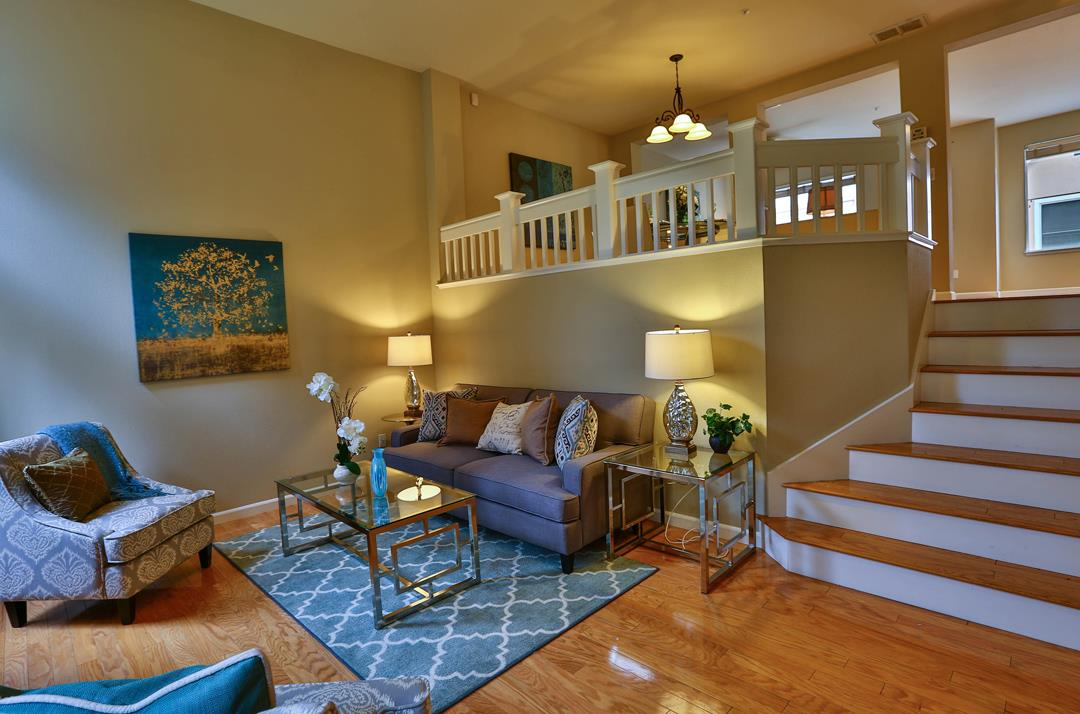 Additional photo for property listing at 141 Whelan Ct  MOUNTAIN VIEW, CALIFORNIA 94043