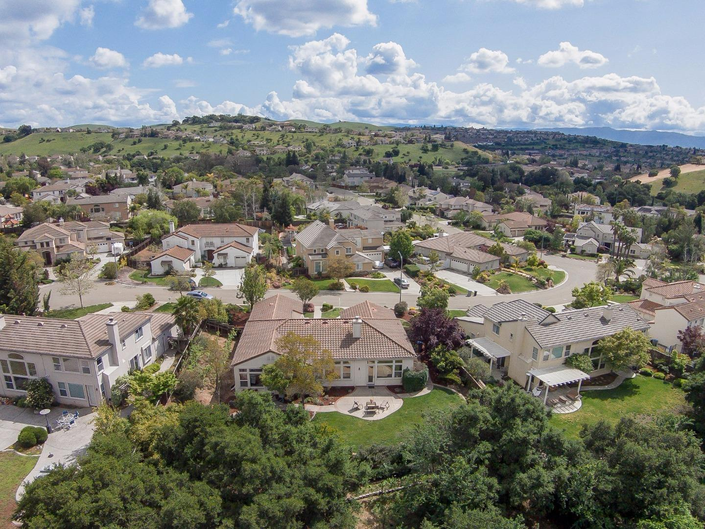 Additional photo for property listing at 2713 Scenic Meadow Ct  SAN JOSE, CALIFORNIA 95135
