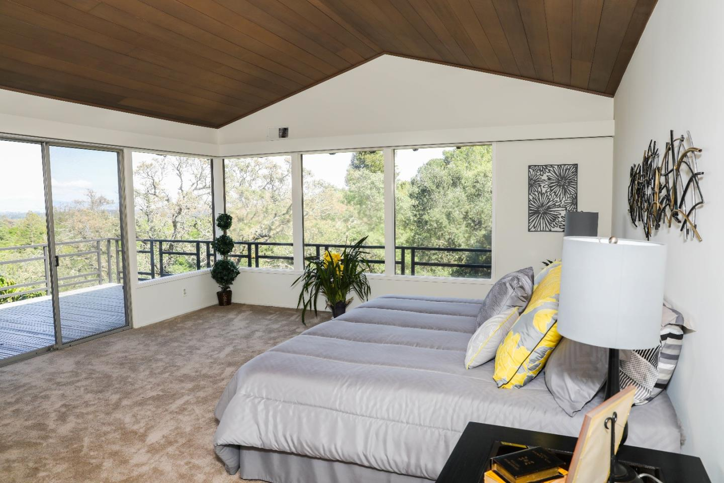 Additional photo for property listing at 210 Hardwick Rd  WOODSIDE, CALIFORNIA 94062