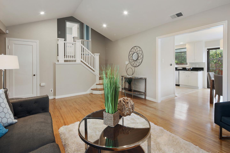 Additional photo for property listing at 616 Magnolia  SAN MATEO, CALIFORNIA 94402