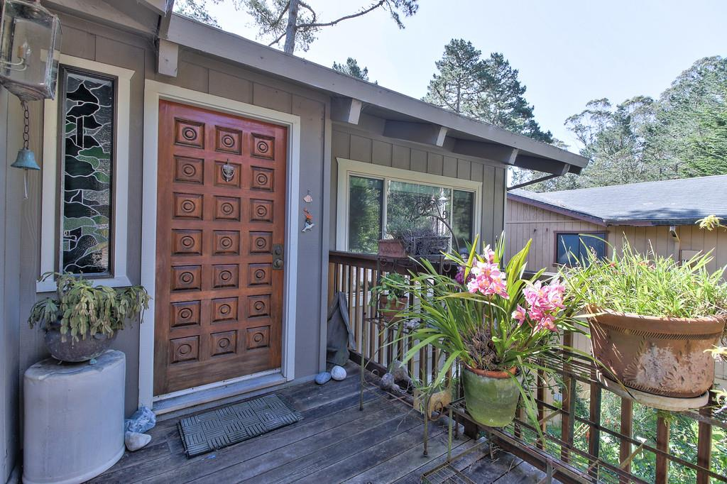 Additional photo for property listing at 1375 Birch St  MONTARA, CALIFORNIA 94037
