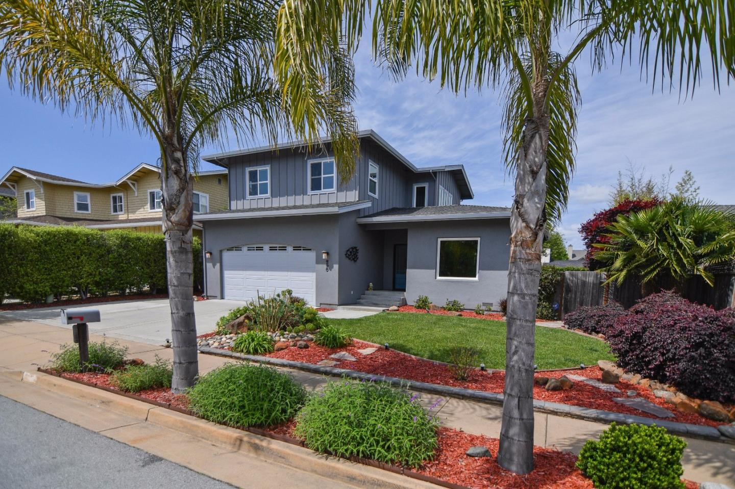 Additional photo for property listing at 290 Pinewood St  SANTA CRUZ, CALIFORNIA 95062