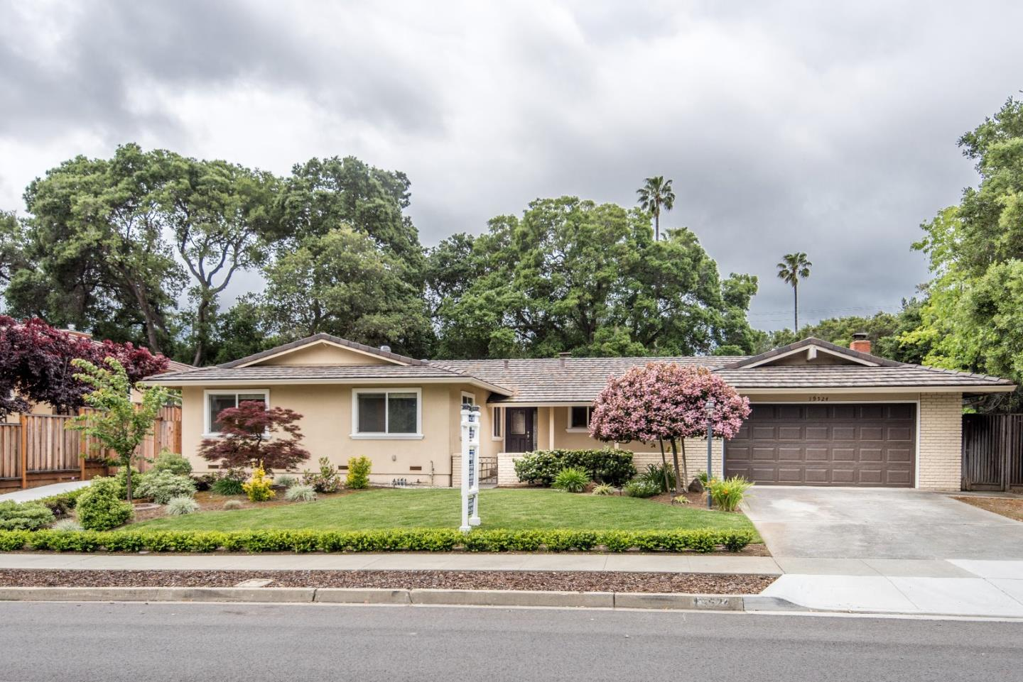 Additional photo for property listing at 19524 Via Monte Dr  SARATOGA, CALIFORNIA 95070