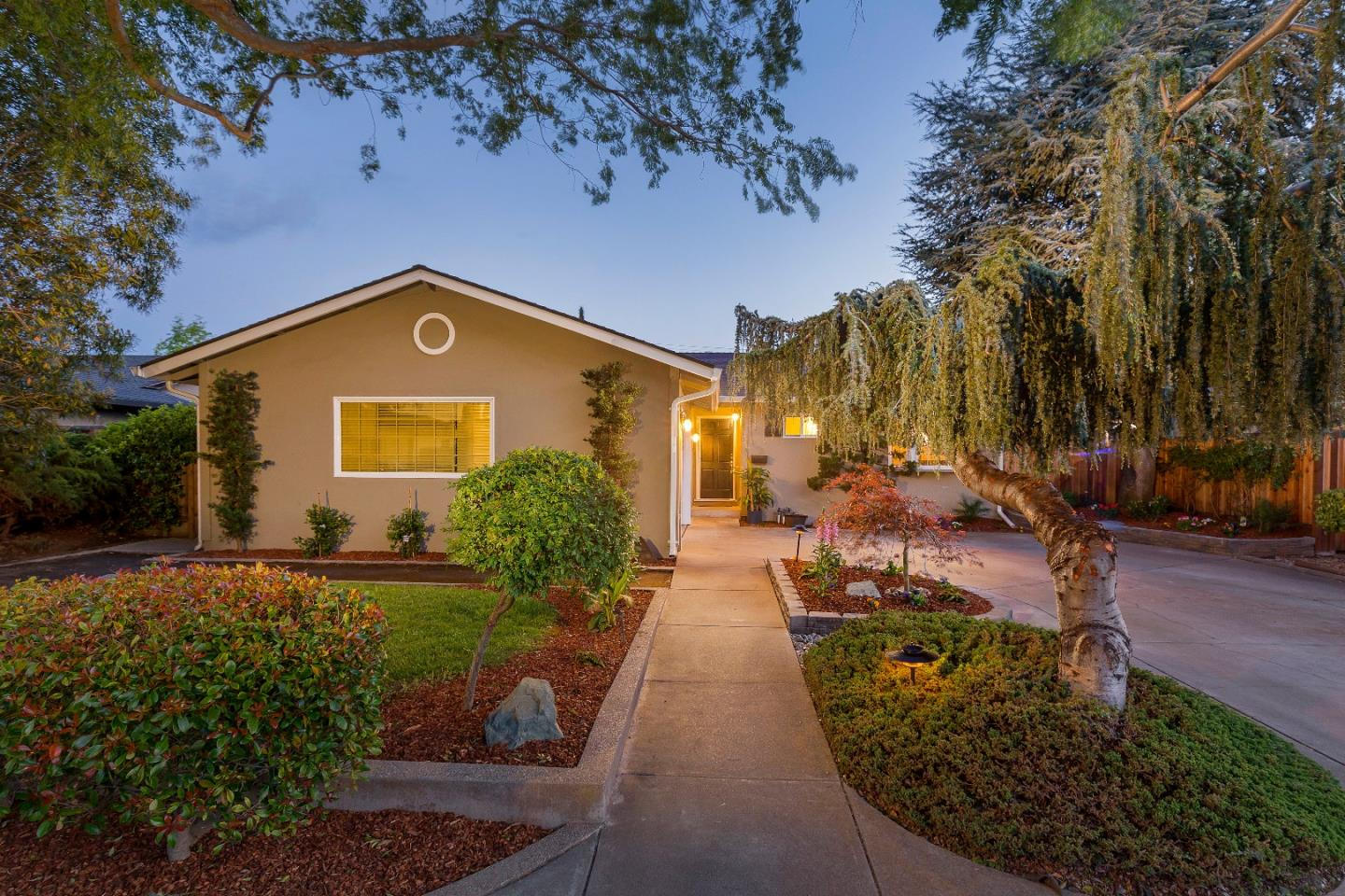 Additional photo for property listing at 948 Bucknam Ave  CAMPBELL, CALIFORNIA 95008