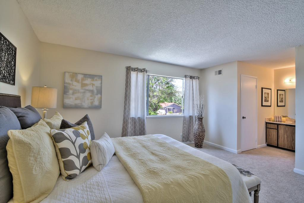 Additional photo for property listing at 3102 Sierra Rd  SAN JOSE, CALIFORNIA 95132