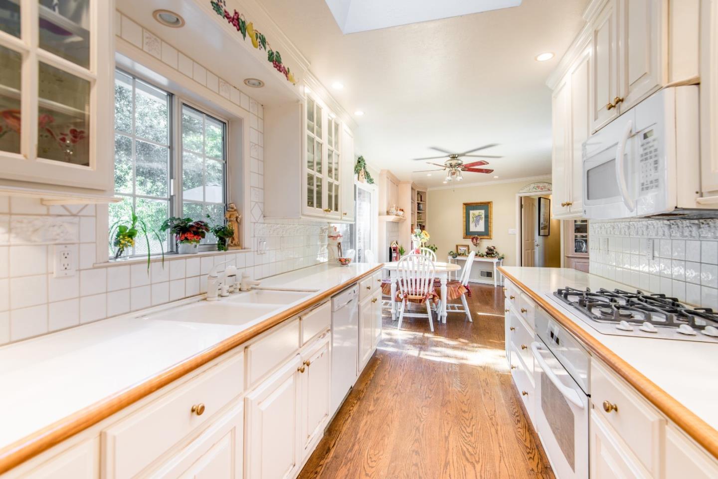 Additional photo for property listing at 18960 Greenbrook Ct  SARATOGA, CALIFORNIA 95070