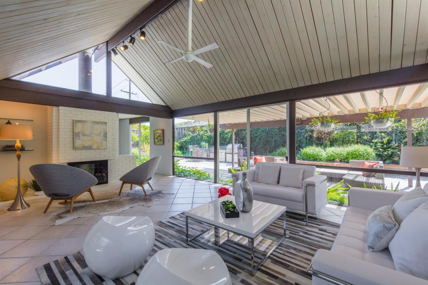 Additional photo for property listing at 816 Lennox Ct  SUNNYVALE, CALIFORNIA 94087