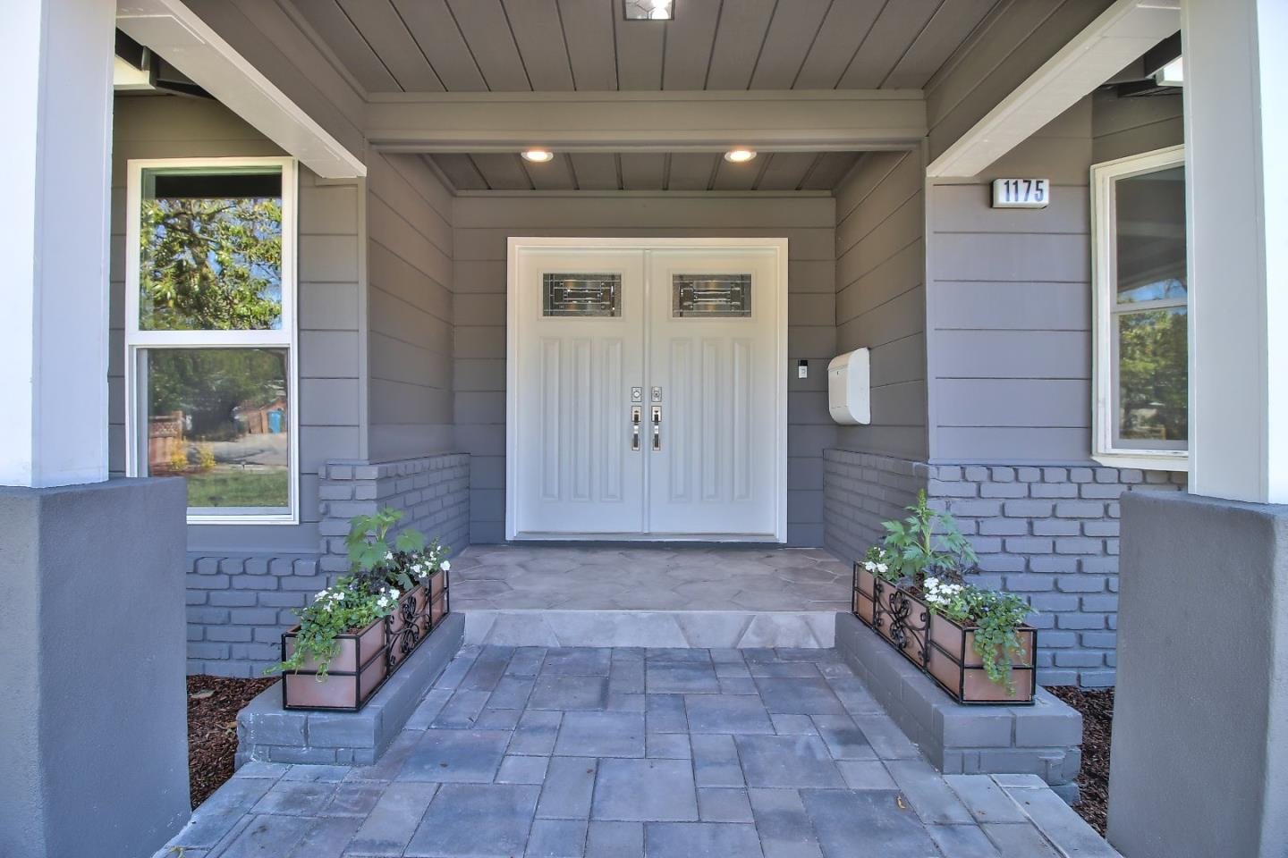 Additional photo for property listing at 1175 Truman St.  REDWOOD CITY, CALIFORNIA 94061