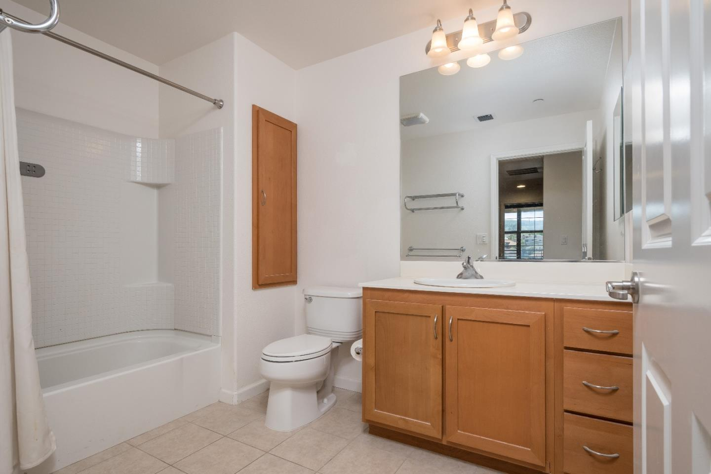 Additional photo for property listing at 1388 Broadway 302  MILLBRAE, CALIFORNIA 94030