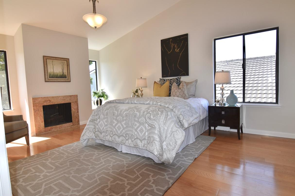 Additional photo for property listing at 1116 Halsey Blvd  FOSTER CITY, CALIFORNIA 94404