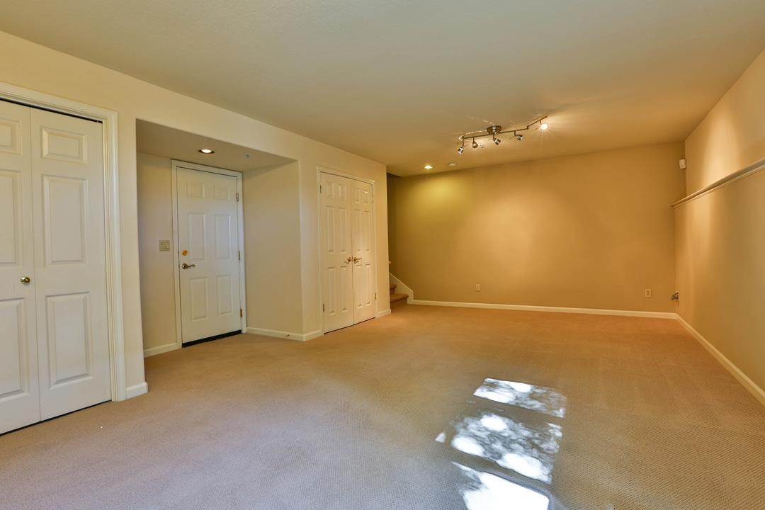 Additional photo for property listing at 1160 La Rochelle Ter A  SUNNYVALE, CALIFORNIA 94089