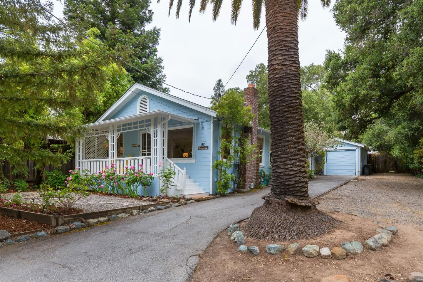 Additional photo for property listing at 135 Alta Vista Rd  WOODSIDE, CALIFORNIA 94062