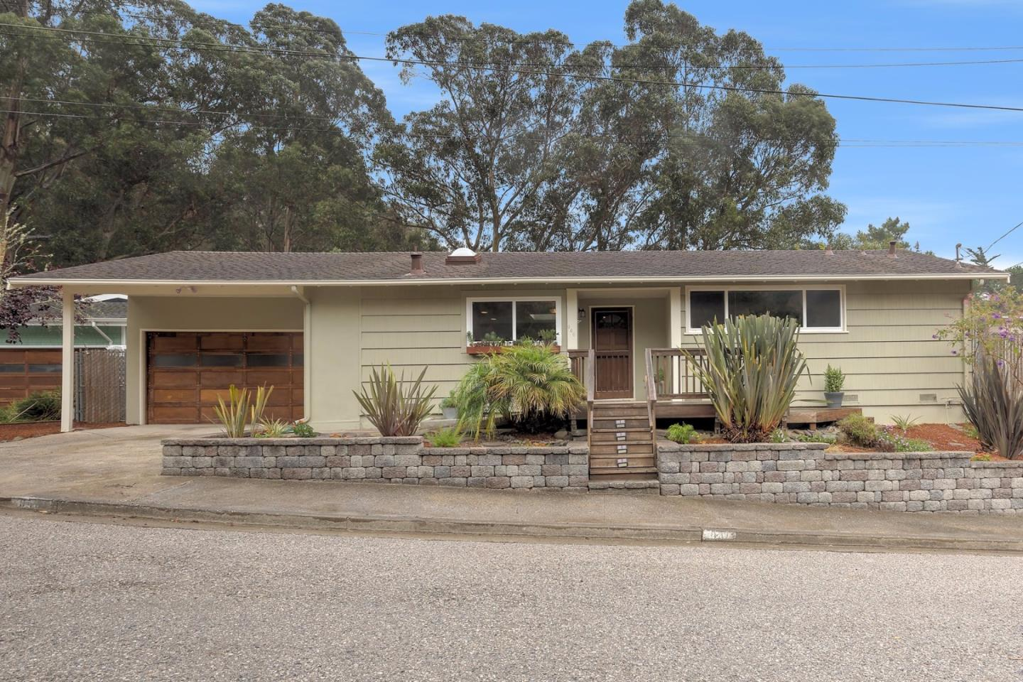 940 corona dr pacifica ca 94044 mls 81679112 for Pacifica house