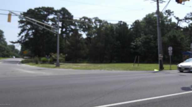 2 Bay Parkway - Photo 1