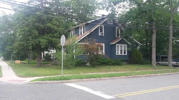 322 Central Ave - Photo 1