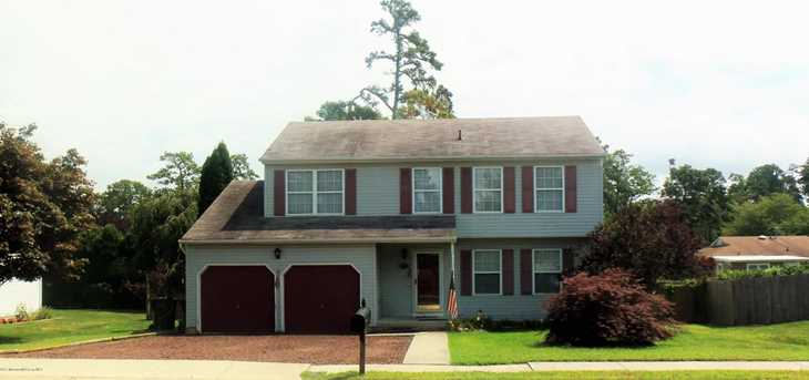 108 Holly Court - Photo 1