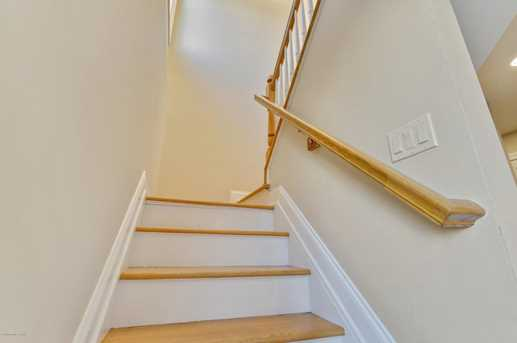 21 Blaine Avenue #6 - Photo 8
