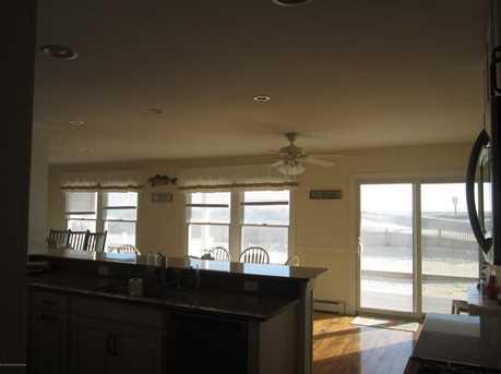 1404 Oceanfront - Photo 11