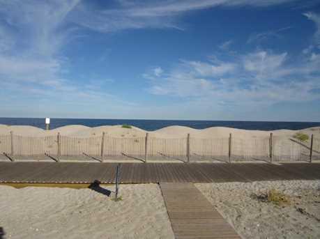 1404 Oceanfront - Photo 23