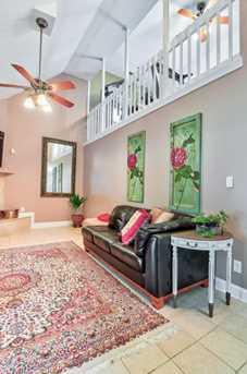 625 Dogwood Terrace - Photo 16
