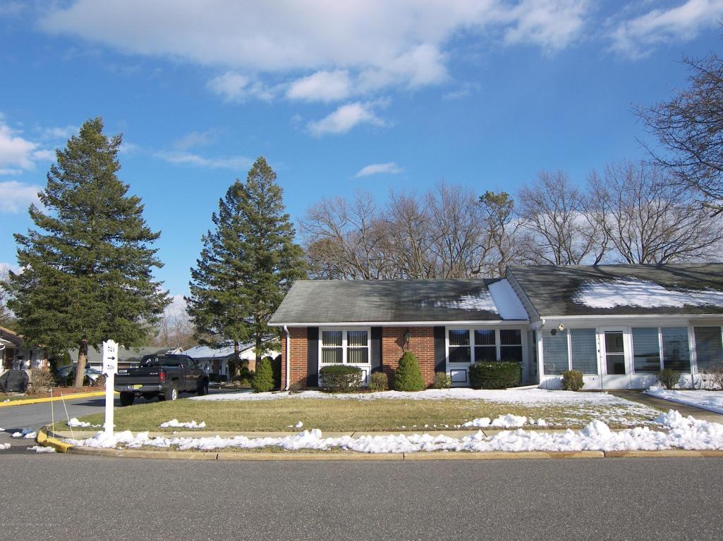530A Portsmouth Drive, Lakewood, NJ 08701 - MLS 21809442 - Coldwell ...