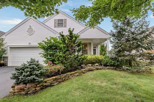 25 Barberry Dr - Photo 1