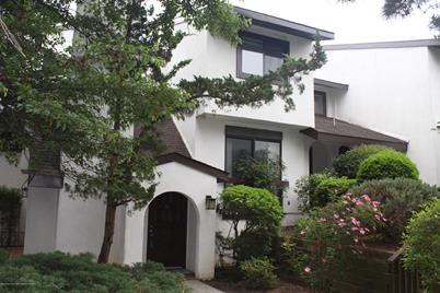 10 Tower Hill Drive - Photo 1