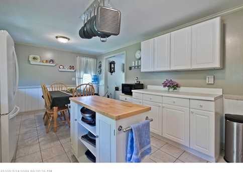896 Rockland Rd - Photo 11