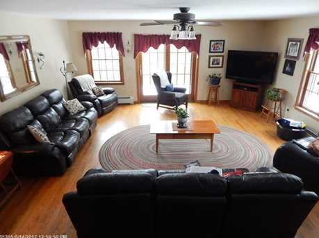 31 Caswell St - Photo 18