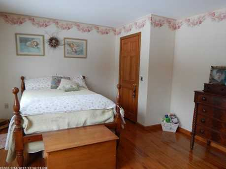 31 Caswell St - Photo 25