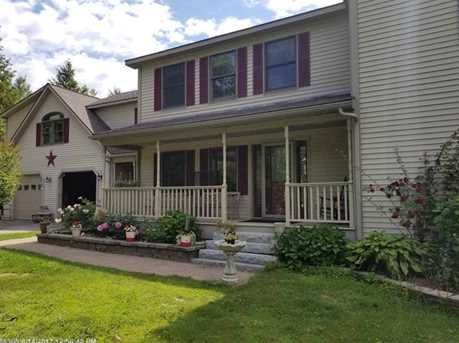 31 Caswell St - Photo 3