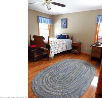 31 Caswell St - Photo 29