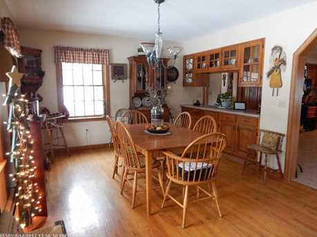 31 Caswell St - Photo 14